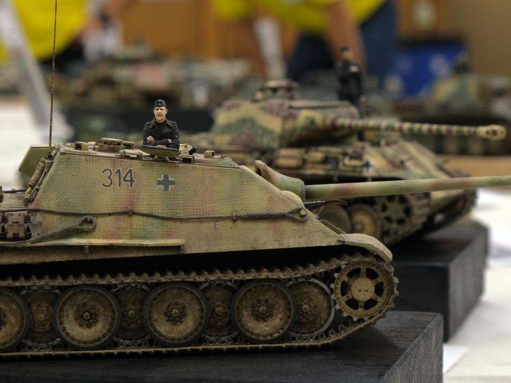 T30F1316