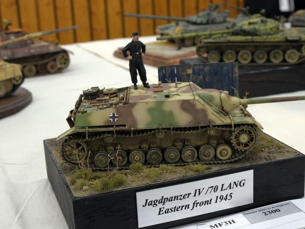 T30F1500